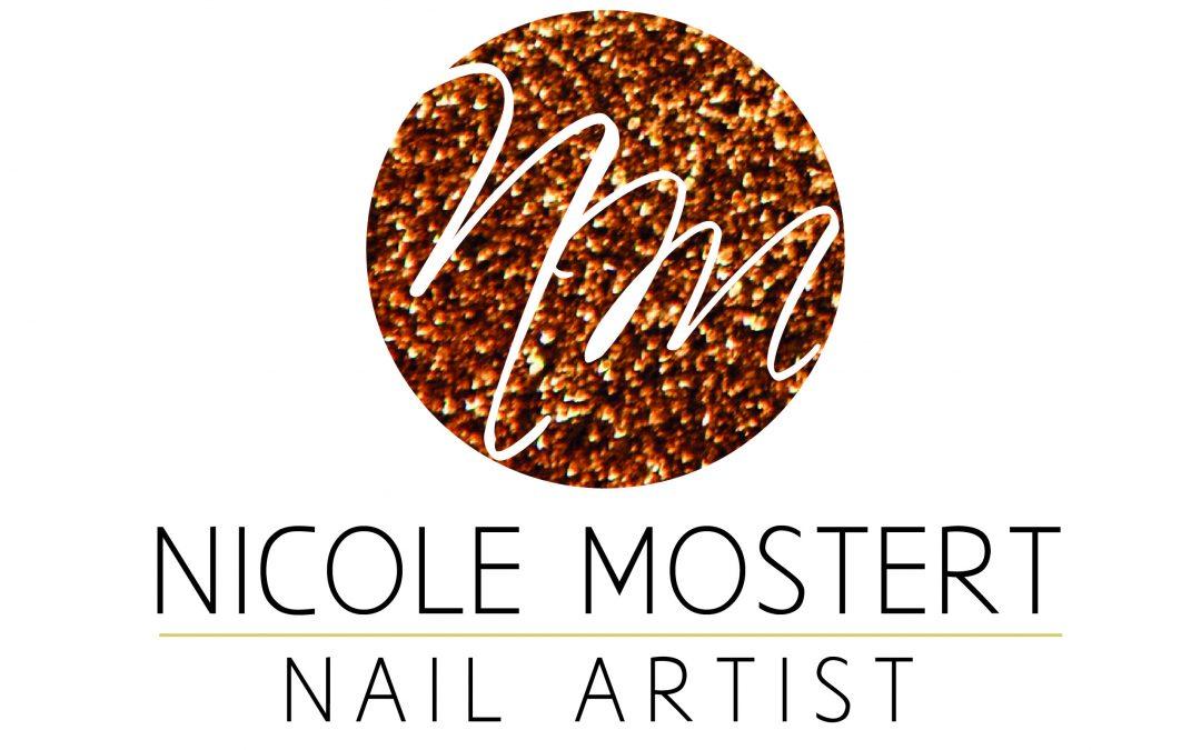 Nicole nail artist Logo