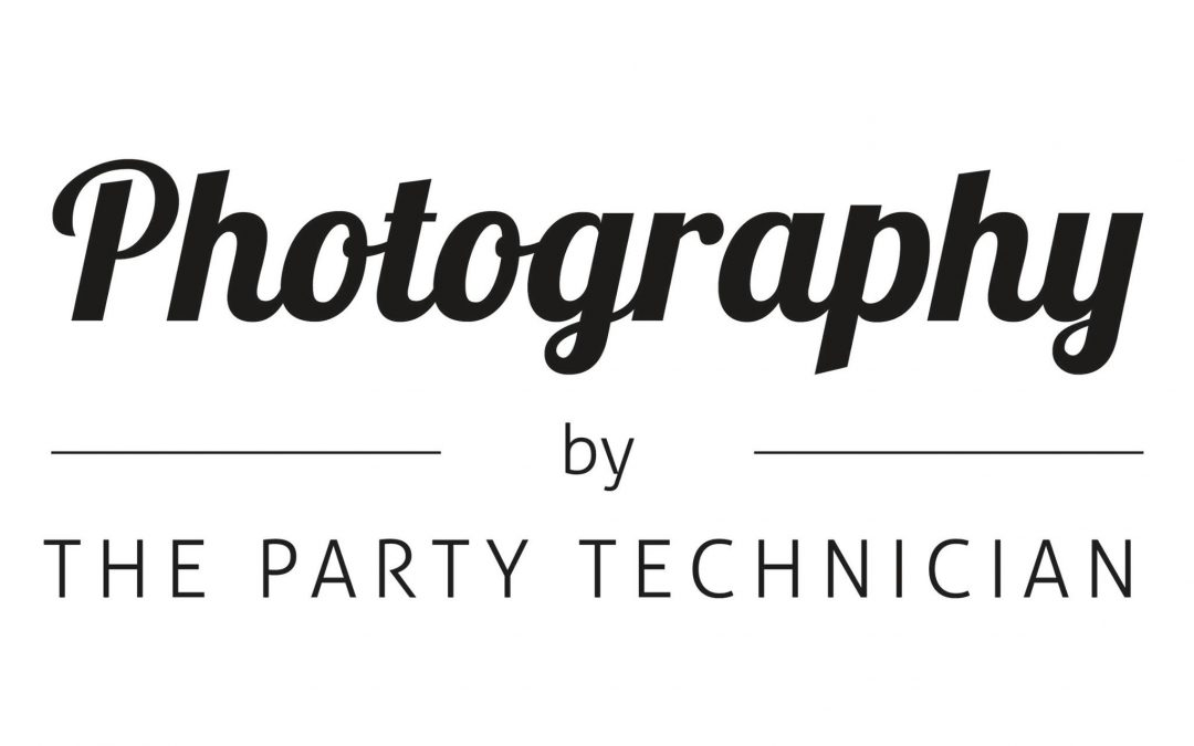 Photography by the Party technician Logo